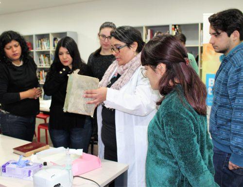Biblioteca USM Campus San Joaquín realiza workshop sobre conservación de libros