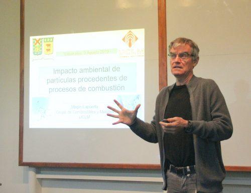 Especialista español dicta charla sobre efectos de las partículas de combustión en el medioambiente y la criósfera